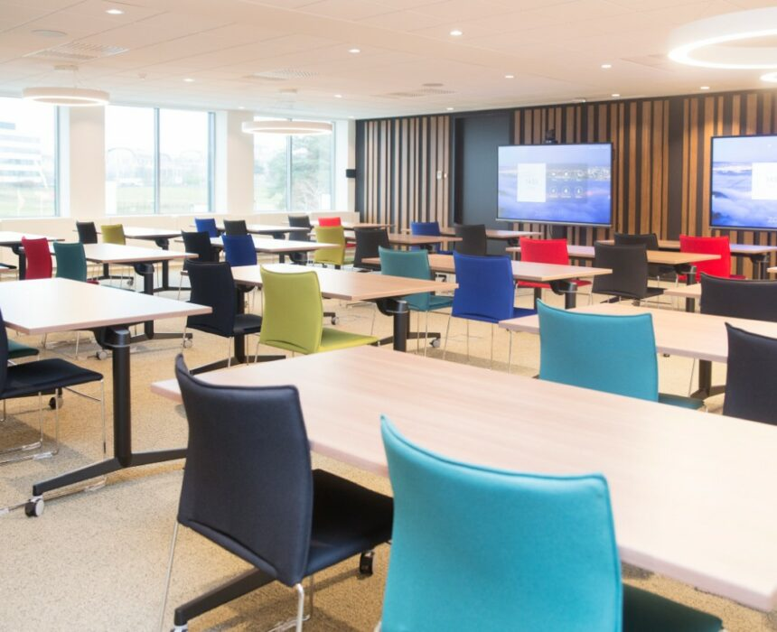 Newton – Pasteur is a meeting room in Greenhouse BXL