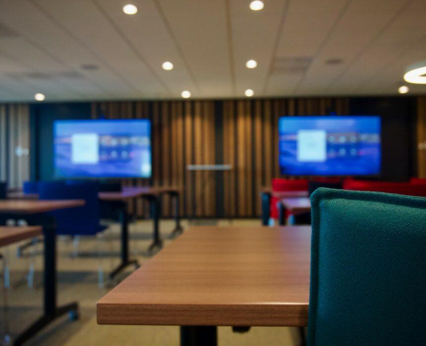 Newton-pasteur meeting room in Greenhouse BXL