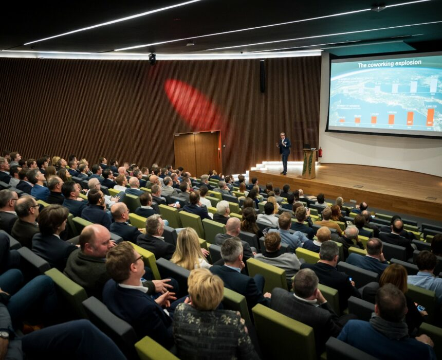 A presentation in the auditorium of Greenhouse BXL