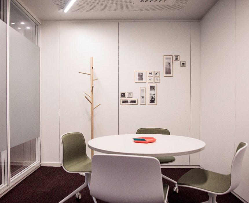 An overview of De Singel meeting room in Greenhouse Antwerp