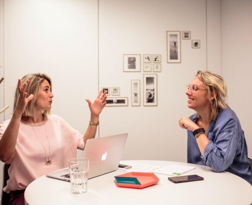 A meeting in De Singel meeting room