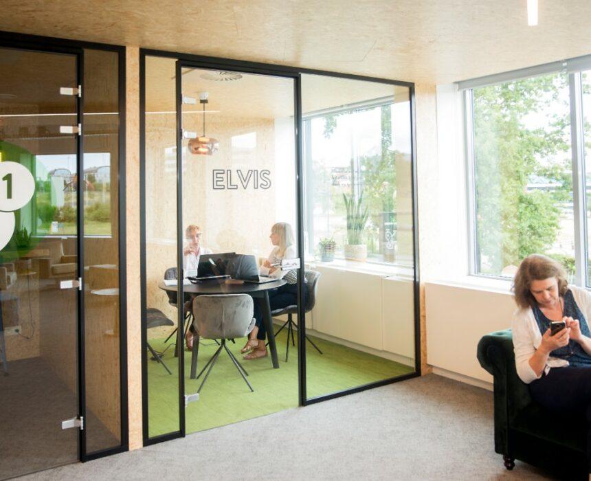The Elvis meeting room in Greenhouse BXL