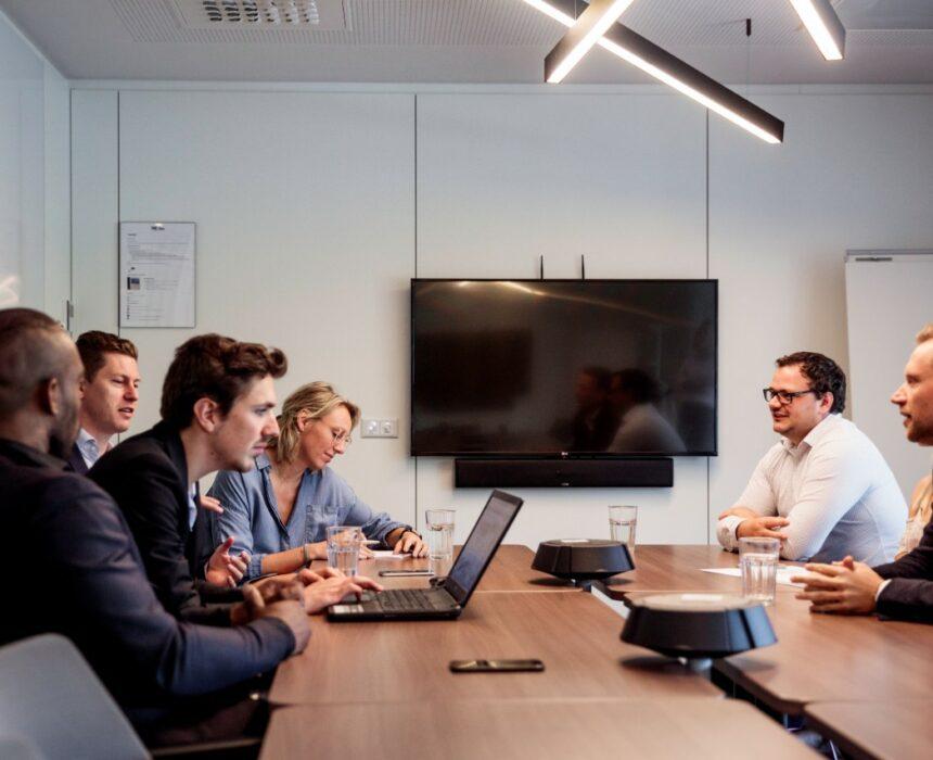 A meeting in 't Scheld meeting room